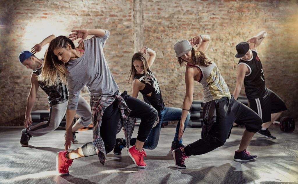 Hip Hop Dancing 嘻哈舞蹈